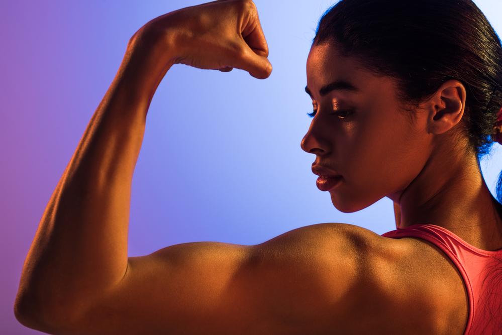 Top 10 ejercicios de bíceps para mujeres y hombres