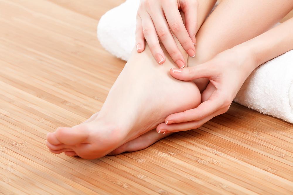 Masajes relajantes de piernas sobrecargadas