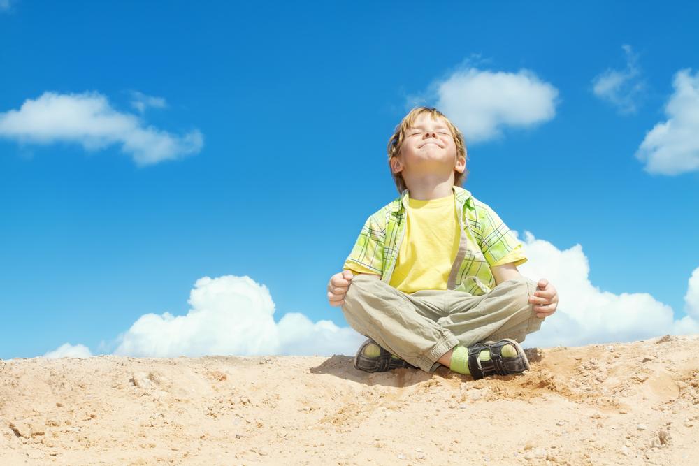 Las 5 mejores posturas de yoga para niños